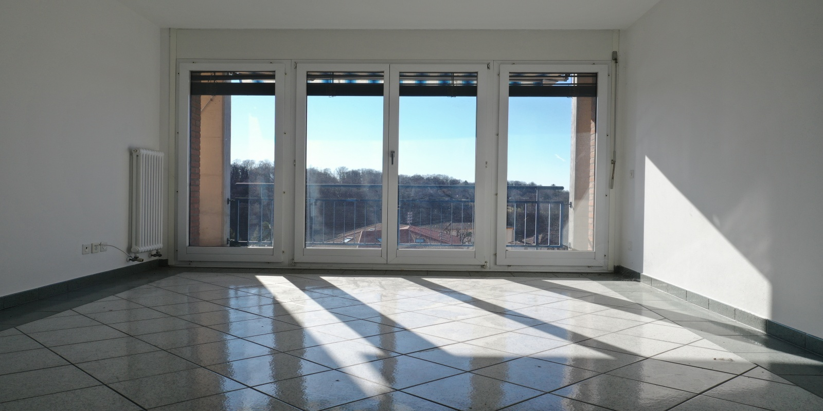 2-4-6 Via Riccardo Rossi, Ticino 6864, 4.5 Stanze da Letto Stanze da Letto, ,2 BathroomsBathrooms,Appartamento,Affitto,Via Riccardo Rossi,1014
